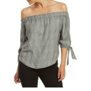 NWOT Dex Off-The Shoulder Plaid 3/4 Sleeve Blouse